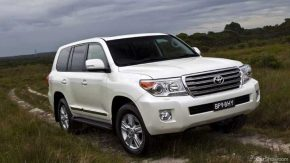 Toyota Prado LandCruiser Transmission Servicing - Rowell & Searle Auto
